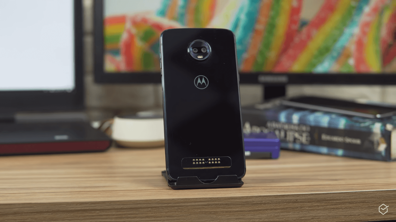 Moto G6 Plus vs. Moto Z2 Play: the new or the classic ...