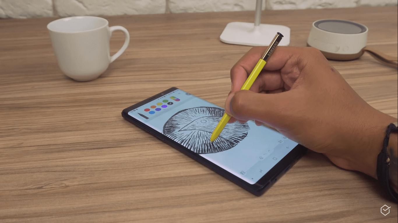 Galaxy S10+ vs Note 9: vale pagar a diferença? [Comparativo